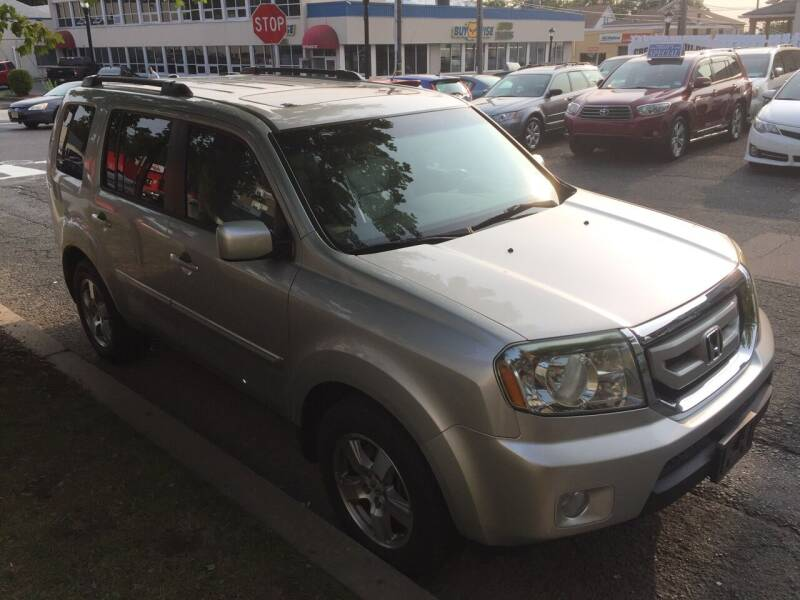 2011 Honda Pilot for sale at UNION AUTO SALES in Vauxhall NJ