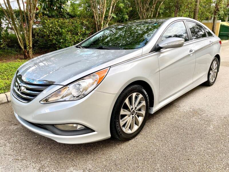 2014 Hyundai Sonata for sale at DENMARK AUTO BROKERS in Riviera Beach FL