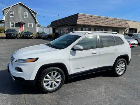 2016 Jeep Cherokee for sale at MAGNUM MOTORS in Reedsville PA