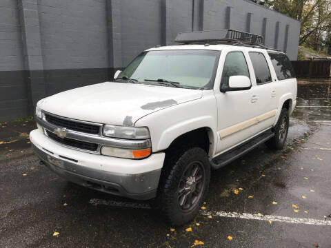 2005 Chevrolet Suburban for sale at APX Auto Brokers in Lynnwood WA