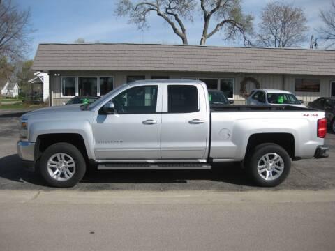 2019 Chevrolet Silverado 1500 LD for sale at Greens Motor Company in Forreston IL