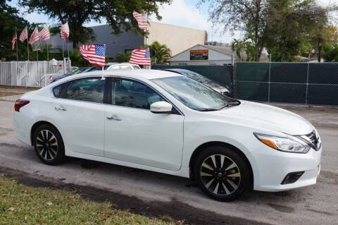 2018 Nissan Altima for sale at SUPER DEAL MOTORS in Hollywood FL