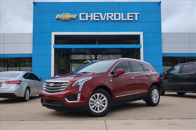 2018 Cadillac XT5 for sale at Lipscomb Auto Center in Bowie TX
