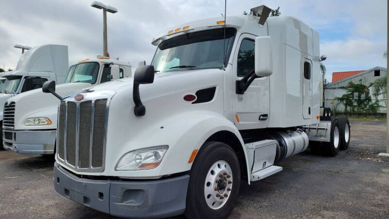 2014 Peterbilt 579 for sale at The Auto Market Sales & Services Inc. in Orlando FL