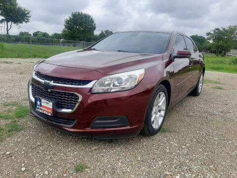 2015 Chevrolet Malibu for sale at LA PULGA DE AUTOS in Dallas TX