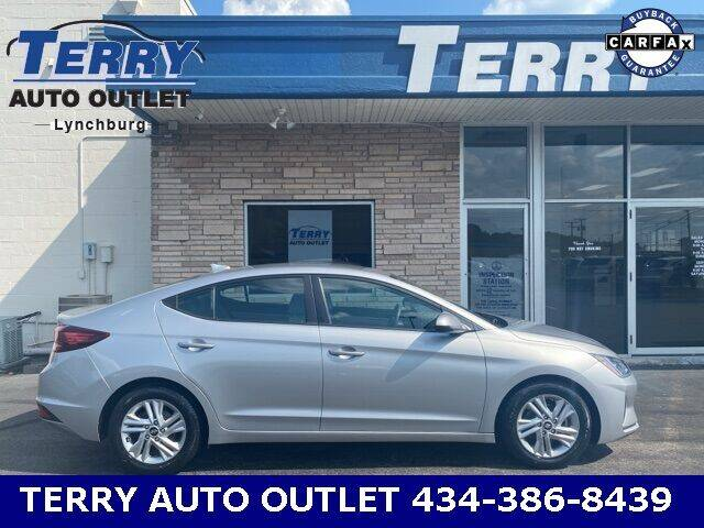 2020 Hyundai Elantra for sale at Terry Auto Outlet in Lynchburg VA