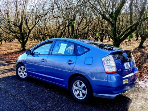2008 Toyota Prius for sale at M AND S CAR SALES LLC in Independence OR
