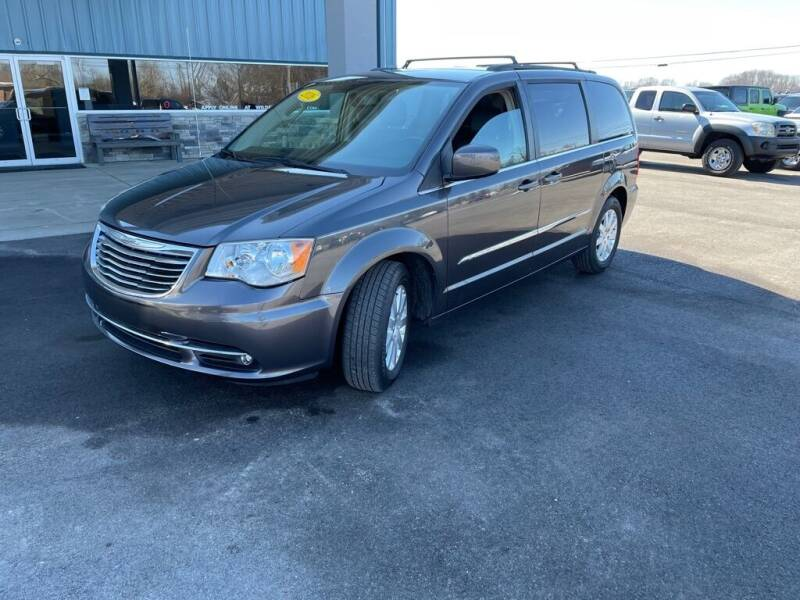 2016 Chrysler Town and Country for sale at Wildfire Motors in Richmond IN
