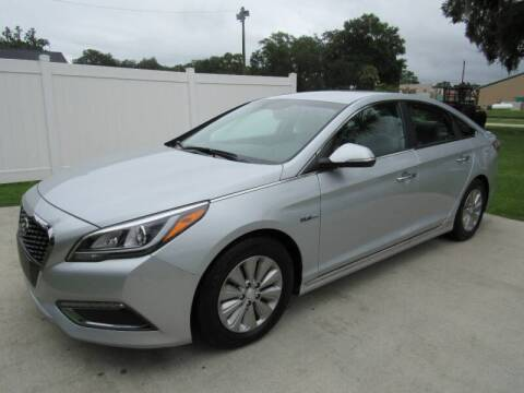 2017 Hyundai Sonata Hybrid for sale at D & R Auto Brokers in Ridgeland SC