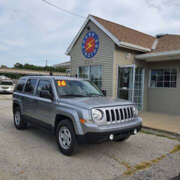 2016 Jeep Patriot for sale at Spark Motors in Kansas City MO