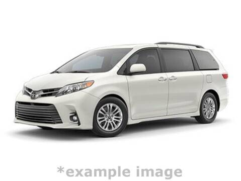 2018 Toyota Sienna for sale at Coast to Coast Imports in Fishers IN
