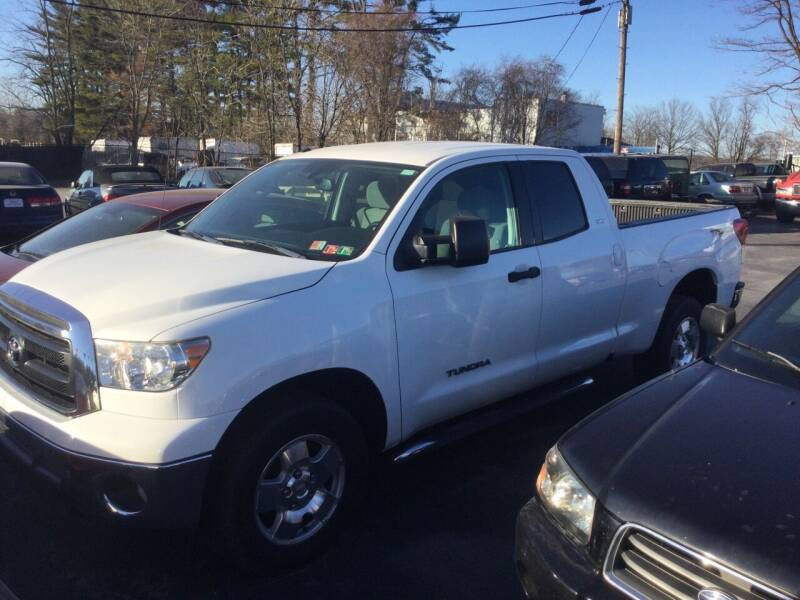 2013 Toyota Tundra for sale at Hometown Auto Repair and Sales in Finksburg MD