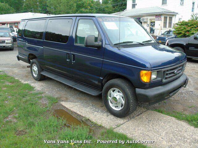 2007 Ford E-Series Wagon for sale in Blauvelt, NY