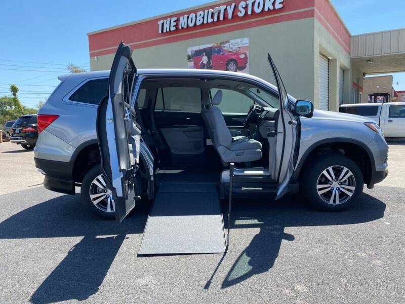 2018 Honda Odyssey for sale at The Mobility Van Store in Lakeland FL