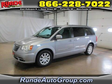 2014 Chrysler Town and Country for sale at Runde PreDriven in Hazel Green WI