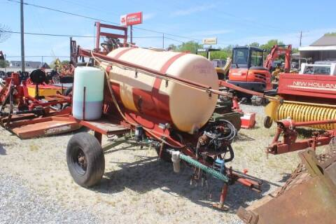 2010 Burress Golf Course Sprayer for sale at Vehicle Network - Joe's Tractor Sales in Thomasville NC