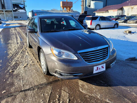 2014 Chrysler 200 for sale at J & S Auto Sales in Thompson ND