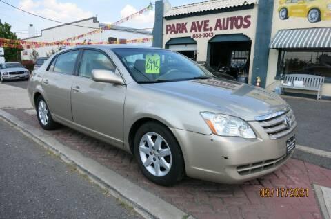 2005 Toyota Avalon for sale at PARK AVENUE AUTOS in Collingswood NJ