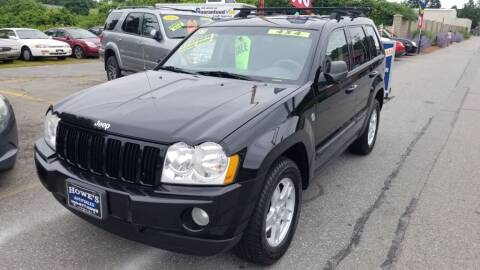 2007 Jeep Grand Cherokee for sale at Howe's Auto Sales in Lowell MA