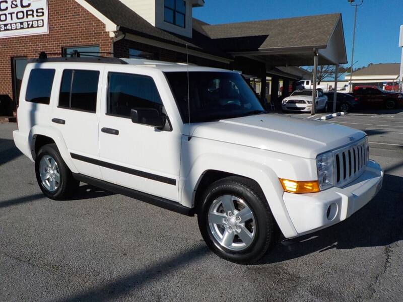 2006 Jeep Commander for sale at C & C MOTORS in Chattanooga TN