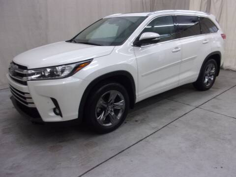 2019 Toyota Highlander for sale at Paquet Auto Sales in Madison OH