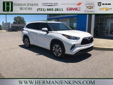 2020 Toyota Highlander for sale at Herman Jenkins Used Cars in Union City TN