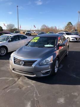 2014 Nissan Altima for sale at Doug White's Auto Wholesale Mart in Newton NC