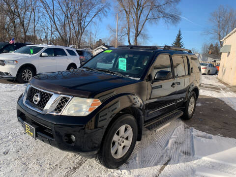 2008 Nissan Pathfinder for sale at PAPERLAND MOTORS in Green Bay WI