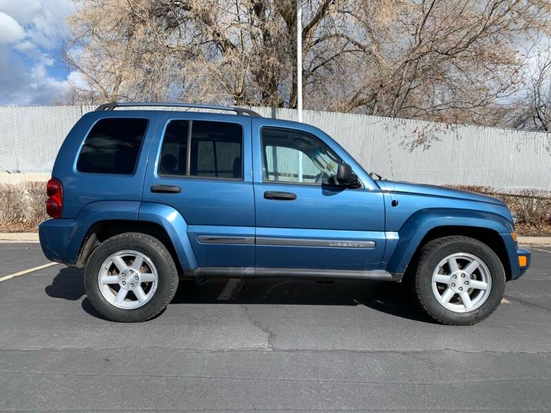 2006 Jeep Liberty for sale at BITTON'S AUTO SALES in Ogden UT