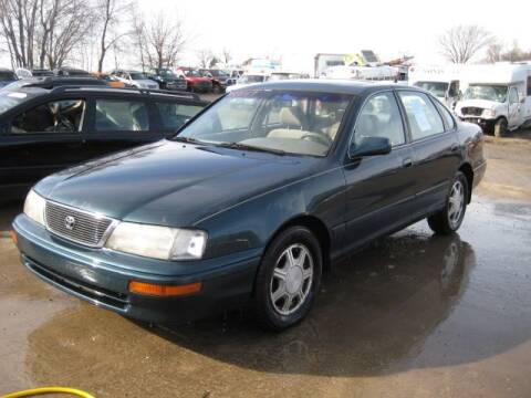 1996 Toyota Avalon for sale at Carz R Us 1 Heyworth IL - Carz R Us Armington IL in Armington IL
