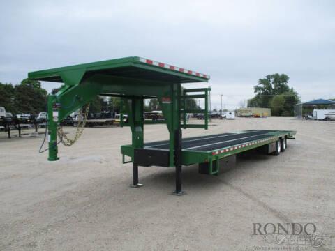 2021 B-B Gooseneck FB8X40GNHBT-30E for sale at Rondo Truck & Trailer in Sycamore IL