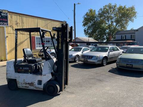 Hyster 3 Stage Forklift for sale at Virginia Auto Mall in Woodford VA