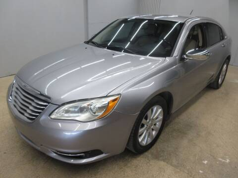 2013 Chrysler 200 for sale at Flash Auto Sales in Garland TX