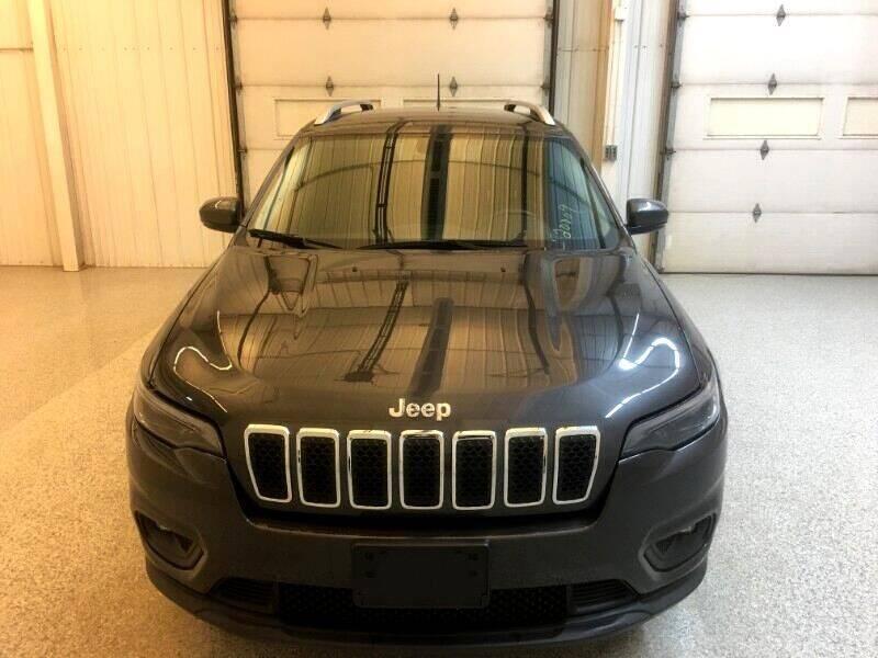 2019 Jeep Cherokee Latitude Plus FWD - Strasburg ND