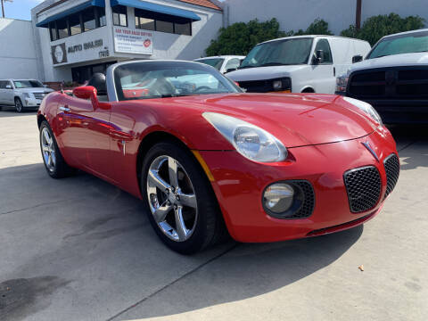 2007 Pontiac Solstice for sale at Best Buy Quality Cars in Bellflower CA