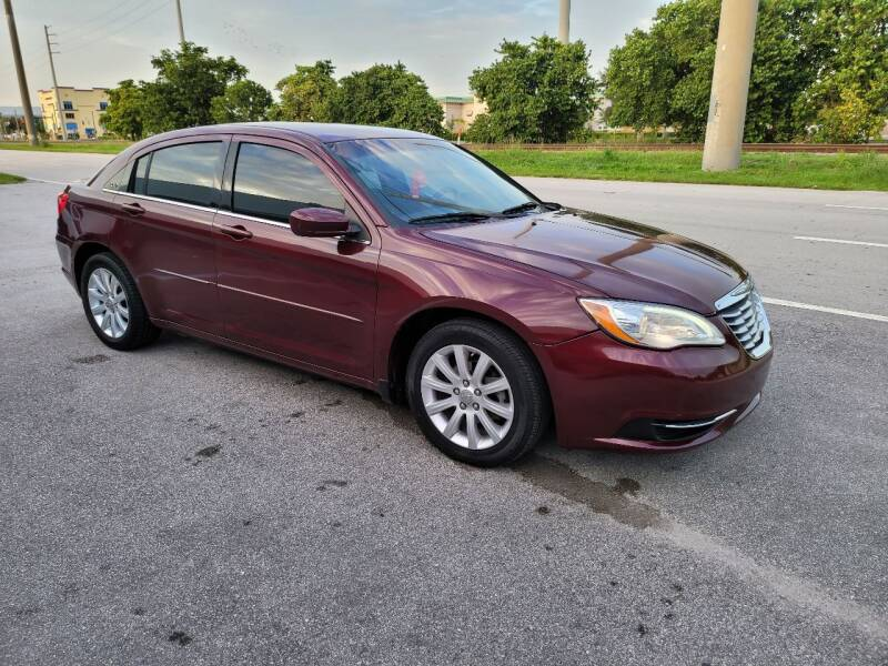 2013 Chrysler 200 for sale at UNITED AUTO BROKERS in Hollywood FL