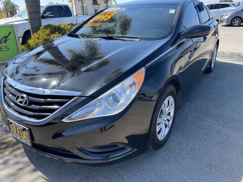 2013 Hyundai Sonata for sale at Soledad Auto Sales in Soledad CA