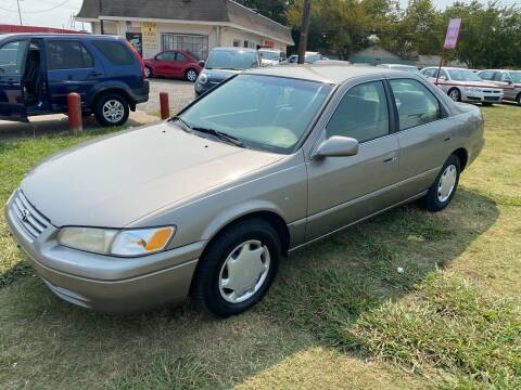 1999 Toyota Camry for sale at Texas Select Autos LLC in Mckinney TX
