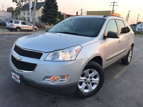 2009 Chevrolet Traverse for sale at Your Car Source in Kenosha WI