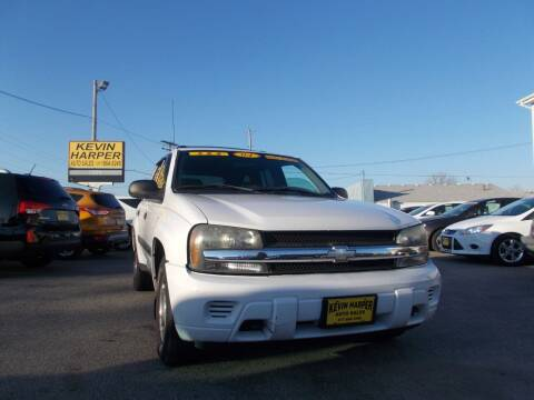 2004 Chevrolet TrailBlazer for sale at Kevin Harper Auto Sales in Mount Zion IL