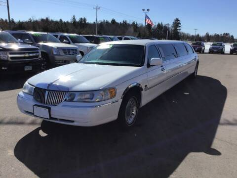 2001 Lincoln Town Car for sale at Sand's Auto Sales in Cambridge MN