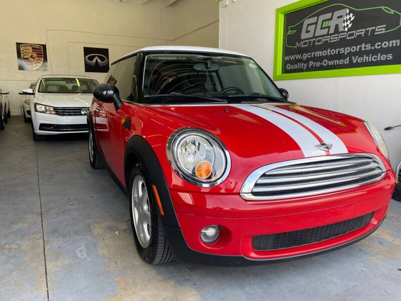 2009 MINI Cooper for sale at GCR MOTORSPORTS in Hollywood FL