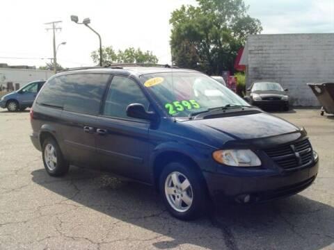 2005 Dodge Grand Caravan for sale at G & L Auto Sales Inc in Roseville MI