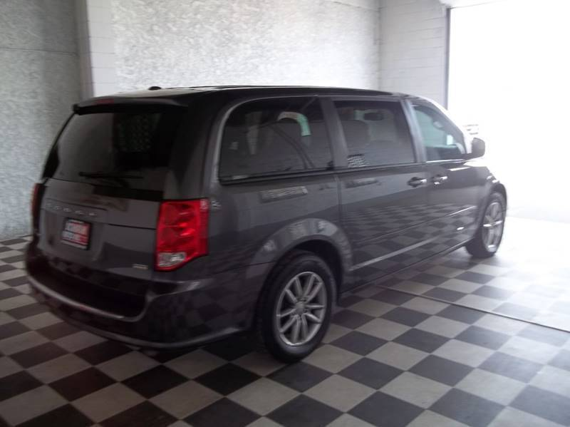 2016 Dodge Grand Caravan SE 4dr Mini-Van - Albion NE