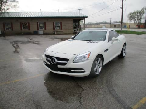 2013 Mercedes-Benz SLK for sale at RJ Motors in Plano IL