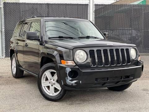 2010 Jeep Patriot for sale at Illinois Auto Sales in Paterson NJ