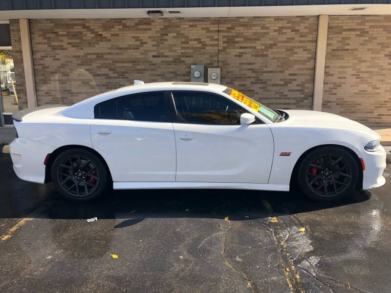 2017 Dodge Charger for sale at Arandas Auto Sales in Milwaukee WI