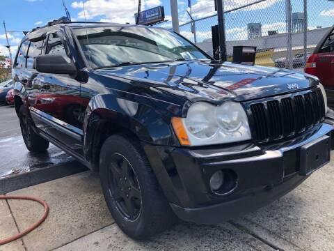 2007 Jeep Grand Cherokee for sale at GW MOTORS in Newark NJ
