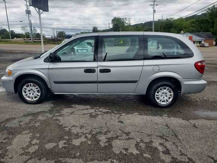 2007 Dodge Grand Caravan for sale at Knoxville Wholesale in Knoxville TN