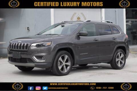 2019 Jeep Cherokee for sale at Certified Luxury Motors in Great Neck NY